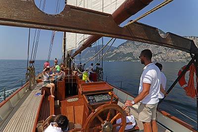 LONG CRUISE FROM MALCESINE TO GARGNANO